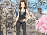 Игра Первое интервью подойдет для девочек, которые следят за модой и новыми тенденциями. В этой игре Вам придется подобрать одежду для девушки, которая впервые будет говорить с журналистами.