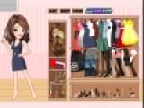 Героиня этой игры для девочек работает в библиотеке. Твоя задача подобрать для нее стильную одежду, что бы она выглядела, как настоящая модель, а не обычная библиотекарша.