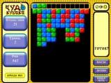 В этой игре Вы уничтожая, группы из 3-х и более кубиков, не должны допустить, чтобы они заполнили собой все игровое пространство. Чем выше уровень игры, тем выше скорость падения или подъема кубиков!