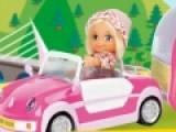 Эта игра про двух путешественниц, которые ездят по миру в своем маленьком фургончике. Твоя задача помочь им объехать все автомобили на пути и собрать максимальное количество бонусных звездочек, а когда придет время отдыхать припаркуй фургончик на специальном парковочном месте.