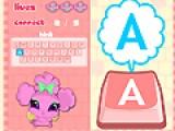 В этой игре маленькая фея Винкс изучает клавиатуру. Присоединяйтесь к ней. На экране будут появляться буквы английского языка, а Ваша задача, за короткое время, найти эту букву на клавиатуре и нажать на нее.