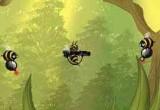 Королевская пчела подверглась атаке злых ос! Осы хотят разрушить улей и забрать весь мед. Однако у пчелы есть неплохой арсенал оружия для обороны. Также ловите разные бонусы, которые модифицируют оружие и добавляют защиту нашему персонажу.