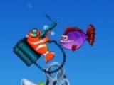 Очень не просто выжить маленькой рыбке в океане  переполнением хищниками. Но наша рыбка имеет оружие. Помогите ей отстреляться от нападающих зубастых хищников. Эта красочная стрелялка понравится не только детям. Динамическая картинка порадует и взрослых.