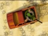 Цель этой игры стрелялки отбить атаку зомби в пустыне. Эта игра проверит на сколько хорошо ты можешь отстреливаться от противников и вести круговую оборону. С каждым уровнем нападающие зомби будут все сильнее. Что бы удерживать оборону улучшай свое оружие за полученные бонусы.