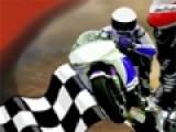 Мотогонки - это очень экстремальный вид спорта. попробуй стать гонщиком в этой игре и обогнать всех соперников на сложной трассе, что бы получить главный кубок гонки.