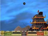 Во второй части игры есть возможность не только наносить удары, но и защищать крепость. И у всех персонажей - у Аанга, Катары, Тоф...появились уникальные орудия. В эту игру можно играть вдвоем!
