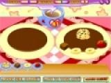 Эта игра про кулинарию проверит Вашу внимательность и ловкость. Цель игры украсить блинчики точно так же, как и на образце. Чем точнее Вы расположите украшения, тем больше бонусов получите.