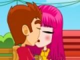 Romantic Kiss - это игра про поцелуи. Она подойдет для девочек и всех романтичных натур. Ведь нет ничего более страстного и романтичного чем поцелуи там, где очень много людей. Главное, что бы эти поцелуи никто из окружающих не заметил.