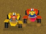 В этот раз вы примете участие в гонках на квадроциклах. Ваша задача обогнать всех своих соперников. Собирайте на пути горючие и механизмы  для ремонта автомобиля.