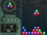 В этой игре вам предстоит лопать пузыри. Для этого старайтесь что бы падающие группы пузырей приземлялись рядом с пузырями того же цвета. Если соберется больше четырех одинаковых пузырей они лопнут.