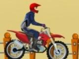 Любителям экстрима и скорости однозначно придется по нраву эта игра. В ней Вам необходимо будет управлять спортивным мотоциклом на горных склонах. Это не так просто как кажется. Мотоцикл в любой момент может перевернуться.