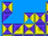 В этой игре необходимо полностью очистить игровое поле от квадратов. Для этого переворачивайте квадраты так, чтобы кусочки одинакового цвета соприкасались друг с другом. Продумайте каждый свой ход.