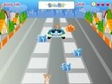 В этой отличной детской игре про Элвина и Бурундуков Вы играете за одного из трех бурундуков, который, в свою очередь управляет машиной на гоночной трассе. Собирайте бонусы и подарки, но старайтесь избежать кошек и собак, выбегающих на дорогу.