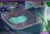 Приключение в стиле поиск предметов. Скуби Ду вместе с Шэгги отдыхают на теплоходе, как вдруг, не известно, откуда, появляется пиратский корабль - призрак!