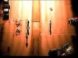 Обитель зла : Апокалипсис -  игра по одноименному фильму. На вас наседают полчища зомби, и надо успеть всех их уничтожить, пока они до вас не добрались.