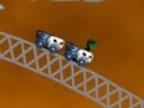 Увлекательна игра на ловкость про призрачный вагончик перенесет Вас в парк аттракционов. Прокатитесь на американских горках, но не упадите с высоты. Используйте стрелки, что бы управлять игрой.