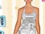 Для каждой девочки свадьба это мечта. Помечтайте немного с нами в игре цель которой подобрать свадебный наряд для невесты. Как она будет выглядеть зависит только от Вас. Вы можете подобрать платье по своему вкусу и прическу. Добавить аксессуары и модную обувь, что бы образ невесты был завершенным.