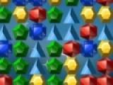 Кликайте по группам фигур состоящих из двух и более одинаковы льдинок. После этого они лопнут. Ваша задача убрать как можно больше фигур с игрового поля, и не дать ему полностью заполниться.