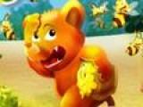 Помоги медведю собрать мед и избавиться от злых пчел. для этого тебе придется играть в игру зума. Бросай цветные шарики к шарикам такого же цвета, что бы они лопнули.