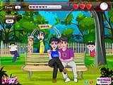 Романтическая обстановка на парковой скамейке способствует поцелуям. Однако прохожие могут вмешаться в Вашу идиллию. Но у Вас, конечно же, все получиться!