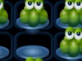 Blobs - это очень интересная игра головоломка, цель которой убрать все капли с игрового поля. Для этого нужно перемещать зеленые капли при помощи мыши, как в шашках, чтобы убрать их с поля.