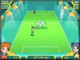 Футбол один на один с противником. Выбери своего персонажа - парня или девушку и бегай по полю, отбивая мяч и пытаясь забить его в ворота.