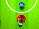 Эта игра понравится тем, кто любит футбол и все, что с ним связано. Цель игры сыграть в настоящий футбольный матч с настоящим соперником. При помощи мыши необходимо выбирать угол броска так, что бы мяч угодил к игроку Вашей команде. Передавайте мяч таким образом, что бы забить гол в ворота соперника.