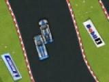 Эта игра подарит вам чувство скорости и даст попробовать адреналин на вкус. Ваша задача на настоящем гоночном автомобиле обогнать всех соперников и прийти первым к финишу. Кольцевая трасса имеет сложную форму. Так что осторожнее на поворотах, не слетите с дороги.