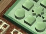 Logic Trap - это не простая головоломка. Ваша задача правильно расположить кусочки головоломки. Что бы их переворачивать, используйте стрелки, после этого перетаскивайте мышкой и устанавливайте в той части игрового поля, куда подходит данный кусочек.