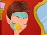 Как оказалось у молодых эльфиек тоже бывают проблемы с кожей. Помоги одной из них решить эту проблему. Нанеси разные косметические средства, кремы и маски. Сделай девочке эльфу красивый макияж и не забудь про подходящий костюм. Пусть она действительно выглядит как совершенное создание из сказочного мира.