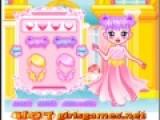 Маленькая принцесса любит хорошо выглядеть, даже если не выходит из своего дворца. Помоги девочке выбрать самый красивый наряд, который будет выглядеть по королевски.