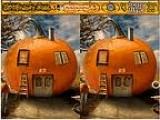 Ищем отличия на картинках с тыквенными домиками.