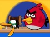 Злые птицы уничтожили всех свиней. Теперь они решили отправиться на рыбалку. А ловят злые птицы исключительно золотых рыбок. Помоги им собрать максимальный улов. Используй пробел и стрелочку вниз на твоей клавиатуре, что бы закидывать удочки обоих птиц.