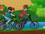 Герои известных мультфильмов ждут тебя на велосипедной трассе, чтобы посоревноваться с тобой в увлекательных гонках на скорость. Доберись до финиша первым и докажи, что ты лучший велосипедист.