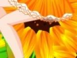 Помогите нашей героине не потерять свое солнечное настроение. Подберите ей максимально радостный и солнечный наряд. Она готова дарить хорошее настроение окружающим.