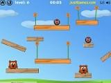 В этой игре Вы играете за ежей, который хотят преподать медведям урок. Перерезайте веревки, которые удерживает ежа в нужный момент, чтобы он докатился до медведя и сбросил его за пределы игрового экрана.