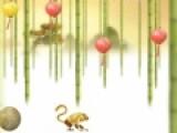 Отправьтесь в увлекательное путешествие вместе с обезьяной. Она должна собрать как можно больше китайских фонариков. Помоги ей сделать это. Нажимай на левую кнопку мыши, что бы обезьяна подпрыгивала.