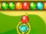 Очень красочный и быстрый вариант игры порадуют многих любителей зума. Очистите поле от всех шариков. Для этого выстраивайте цепочки из шариков одного цвета.