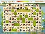 Ранч Коннект 3 - вариант маджонга с животными на картинках. С каждым уровнем вариантов картинок становится всё больше. Ваша задача — убрать все парные карточки, соединив их линиями, состоящими не более чем из трёх частей. Версия 3 игры.